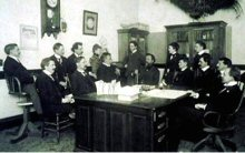 Still, al centro. Littlejohn l'ultimo a destra. Fonte: National Osteopathic Archive